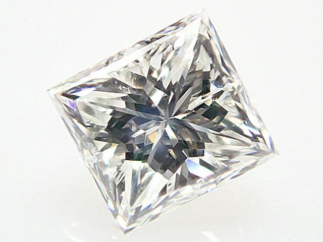 0.552ct H,VS2,プリンセスカット ダイヤモンドルース