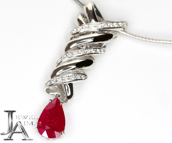 【ジュエリー】ルビー 3.60ct ダイヤモンド 0.30ct オメガネックレス PT900/K18WG 【中古】ZPR