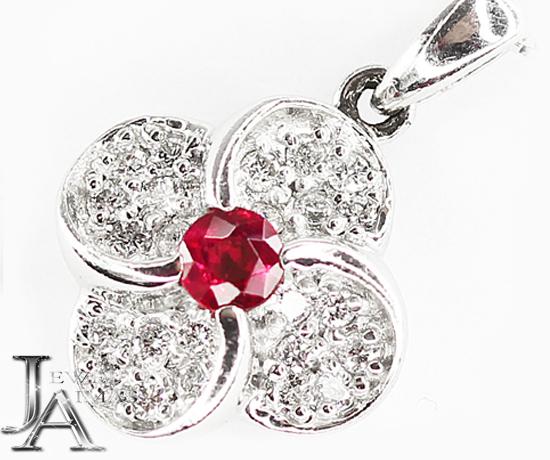 【ジュエリー】ルビー 1P ダイヤモンド 24P フラワー アルハンブラモチーフ ネックレス PT900/850【中古】