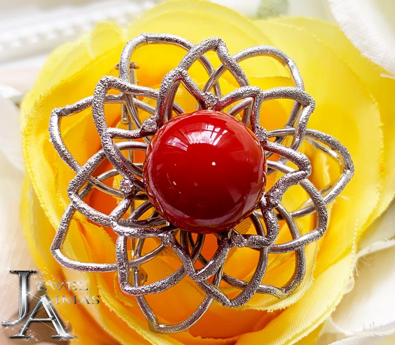 赤珊瑚 赤サンゴ さんご 約14.2mm ダイヤモンド 0.1ct フラワー 花 サンドブラスト加工 ブローチ K14WG ホワイトゴールド【中古】【ジュエリー】MEJ