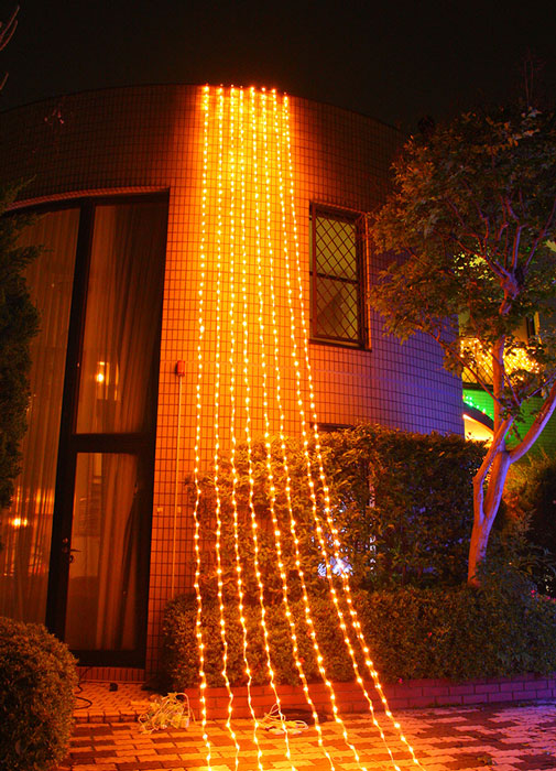 LEDカーテンライト768球(コントローラー点滅)電球色 Li5MD スタンダード【コロナ産業 イルミネーション LED ライト 電飾】