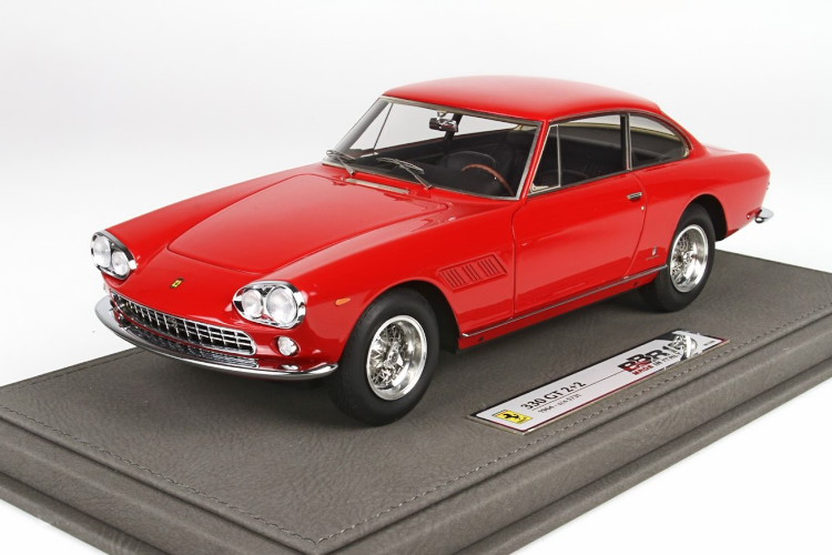 BBR 1/18 フェラーリ 330 GT 2+2 SN 5731 レッド 200台限定 BBR 1:18 Ferrari 330 GT 2+2 SN 5731 Red Limited Edition 200 pcs