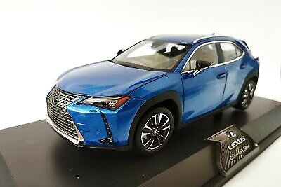 レクサス特注 1/18 レクサス UX260h 2020 ブルー 開閉式 Lexus UX 260 h