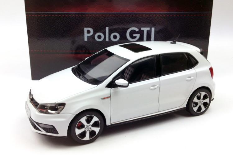 VW特注 1/18 フォルクスワーゲン ポロ GTI ホワイト 2015年 マイナーチェンジモデル VW POLO