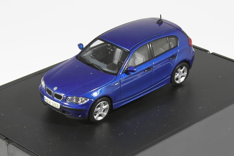 <中古品>BMW特注 オートアート 1/43 BMW Autoart BMW 1シリーズ ハッチバック ブルー 1er Hatch E87 blau / blue metallic
