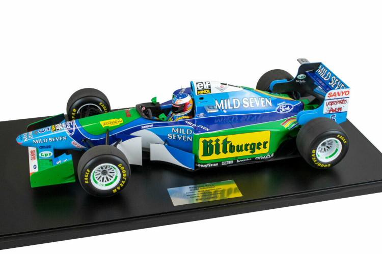ミニチャンプス 1/8 M.シューマッハ ベネトン B194 #5 F1 世界王者 オーストラリアGP 1994 ブルー/グリーン 300台限定 Minichamps 1:8 M. Schumacher Benetton B194 #5 F1 World Champion Australian GP 1994 blue green Limited Edition 300 pcs