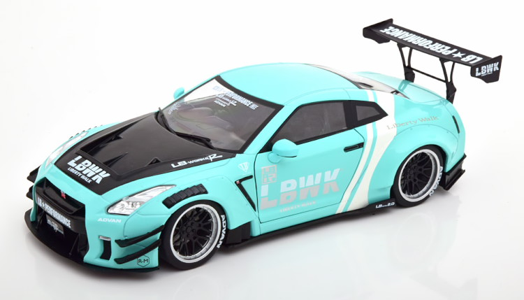 ソリド 1 18 日産 GTR 人気ショップが最安値挑戦 R35 LB Nissan 1:18 高級 カーボンSolido carbon ミント Works mint