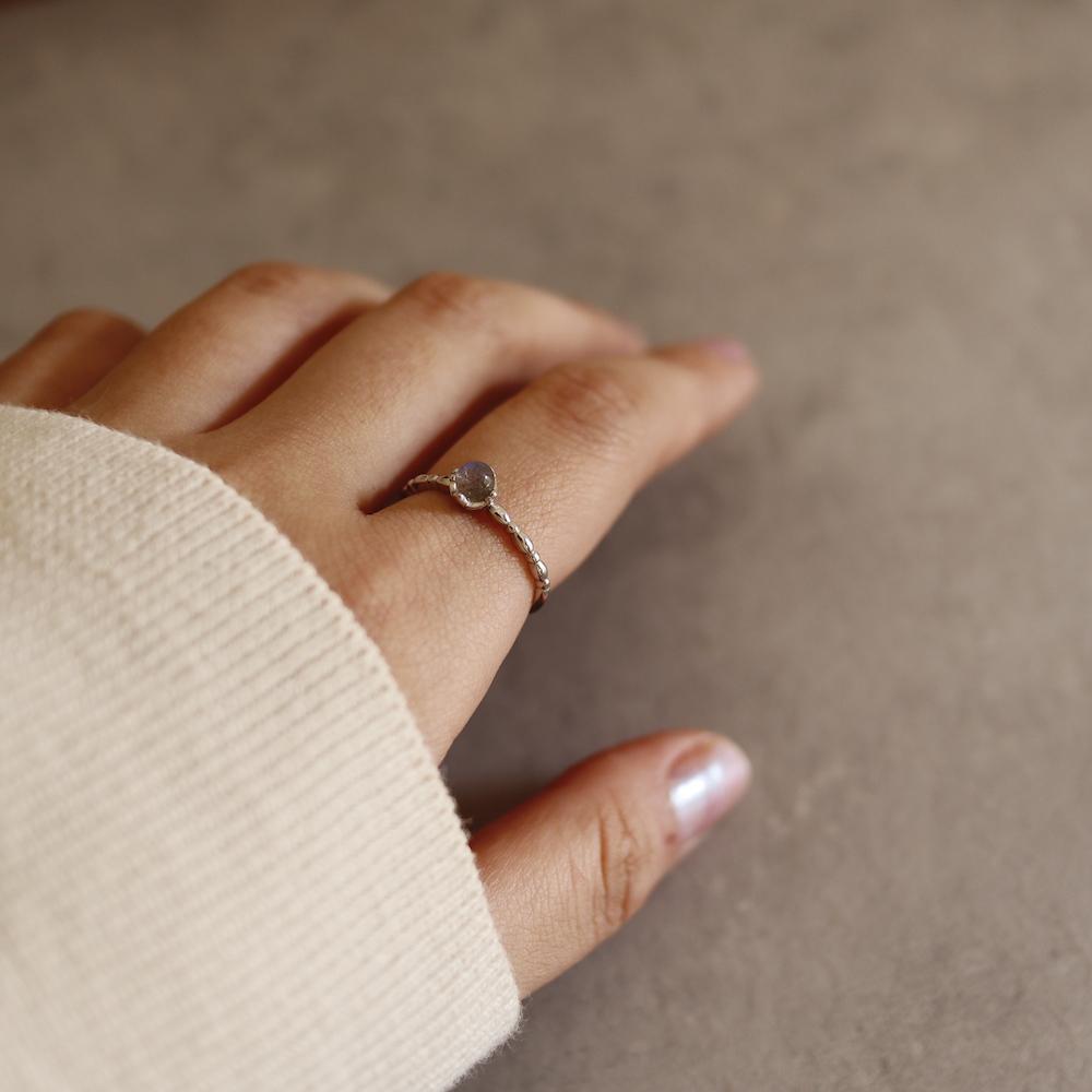 ランキング1位 R001 silver925 ムーンストーン 祝日 本店 リング フリーサイズ シンプル レディース ajiro ギフト プレゼント 女性 天然石 上品