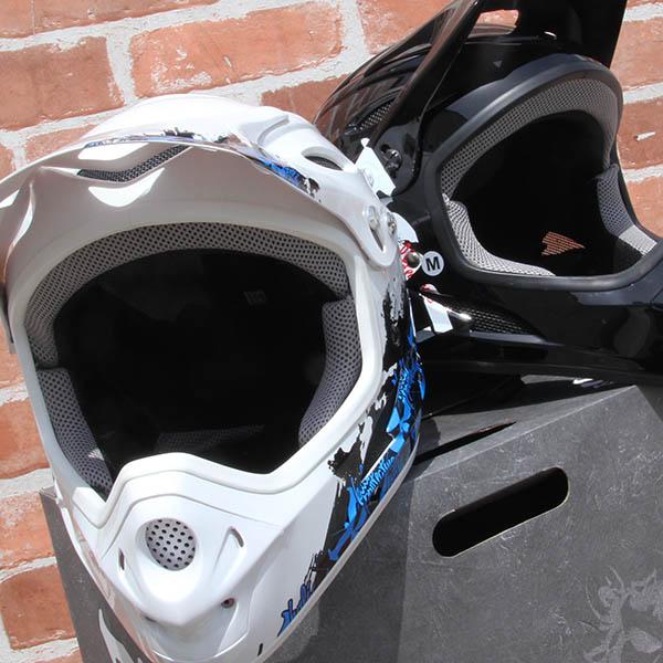 KALI - SAVARA ヘルメット