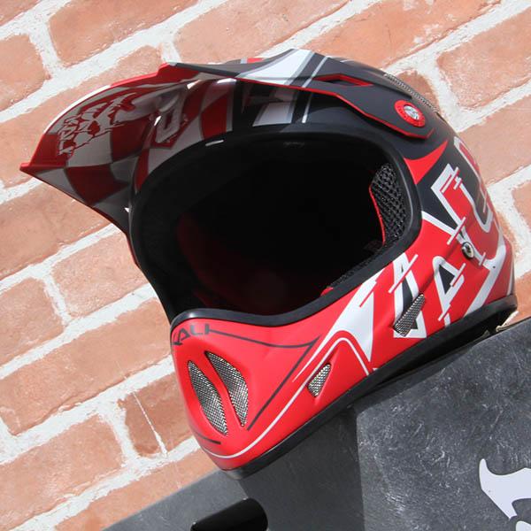 KALI - AVATAR [ X ] /レッドヘルメット
