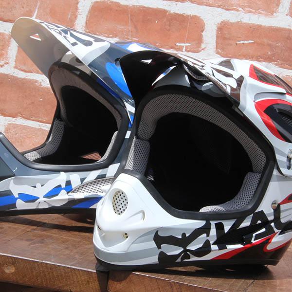 KALI - SAVARA [PUNK] ヘルメット