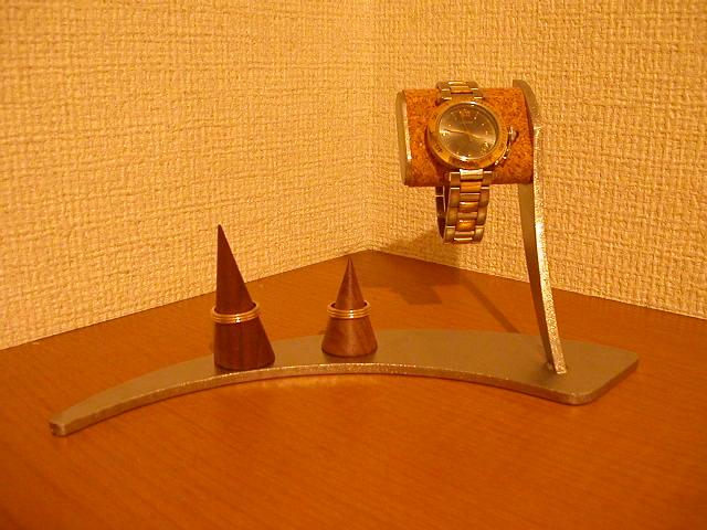 誕生日プレゼントに 時計スタンド 指輪&腕時計三日月スタンド