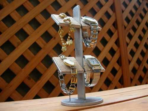 プレゼントに 腕時計スタンド 4本掛け腕時計収納、保管スタンド AK663
