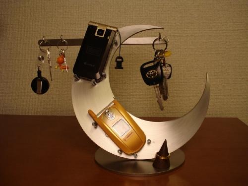 キースタンド 三日月携帯、キーホルダー、リング飾り台スタンド KTR11