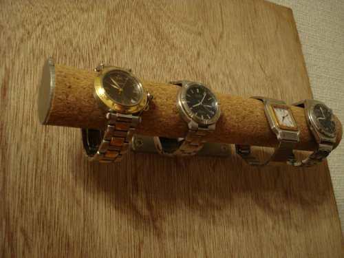 時計スタンド 送料無料4本掛け壁付き腕時計スタンド KWS88