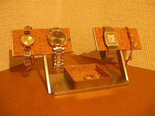 誕生日プレゼントに オーソドックス4本掛け腕時計スタンド
