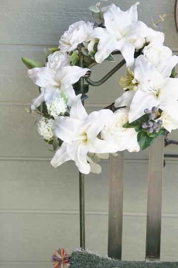 ホワイトカサブランカ×ローズ リース(造花)
