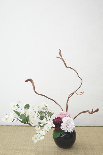 ダリア和風スタイル ラウンドベース(造花)