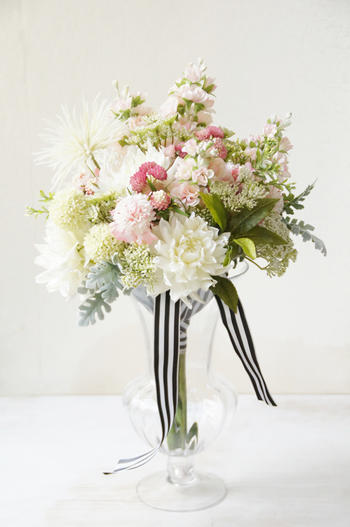 ホワイトダリア×ピンクスカビオサ ブーケ(造花)
