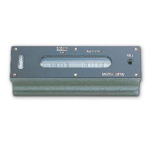 新潟精機 FLW-150002 直送 代引不可・他メーカー同梱不可精密平形水準器 FLW150002
