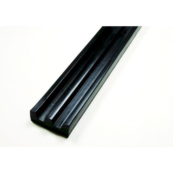 【個人宅配送不可】【個数:1個】信栄物産 KE-6018 直送 代引不可・他メーカー同梱不可 ターミナルラバー カーストッパー E型ゴム 無垢タイプ 60×180 L=2000 黒 当て板なし かまぼこ型 KE6018