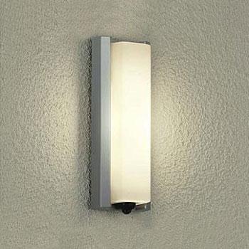 【送料無料】大光電機 LEDポーチライト 白熱球60W相当 電球色 シルバー 人感センサ付 DWP-37847
