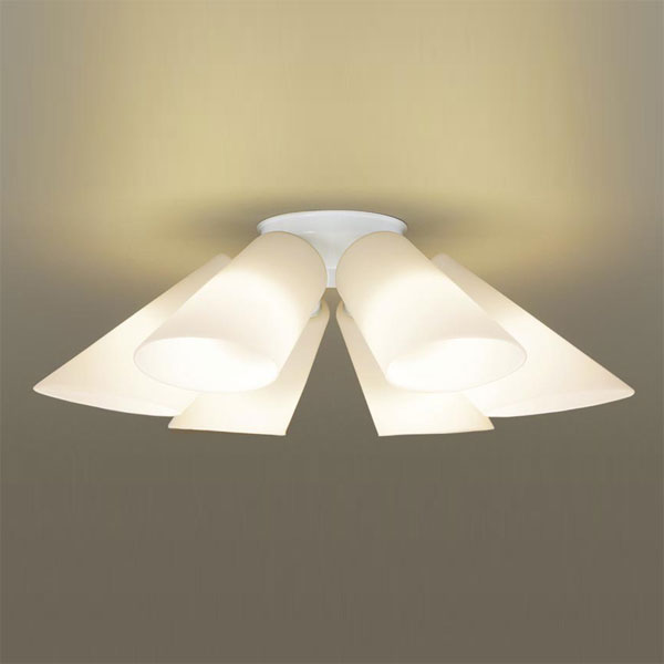 【送料無料】パナソニック LEDシャンデリア ~10畳用 白熱球50W×6灯相当 電球色 LGB57611K