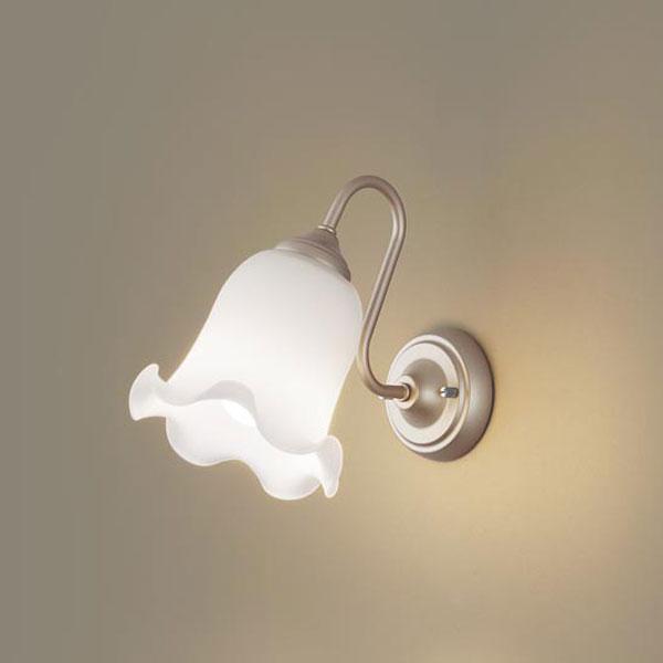 【送料無料】パナソニック LEDブラケットライト 白熱球40W相当 電球色 LGB81642K