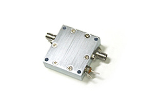 <pre-amp> COSMOWAVE (Cosmo wave) LPA-G39WD (broadband pre-amp) for the radio