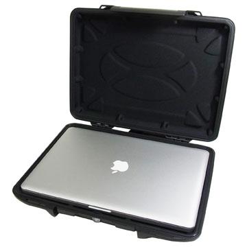 《在庫あり》PELICAN 1085 HardBack Case with Liner for MacBook Pro 15インチ用 [1080-023-110]