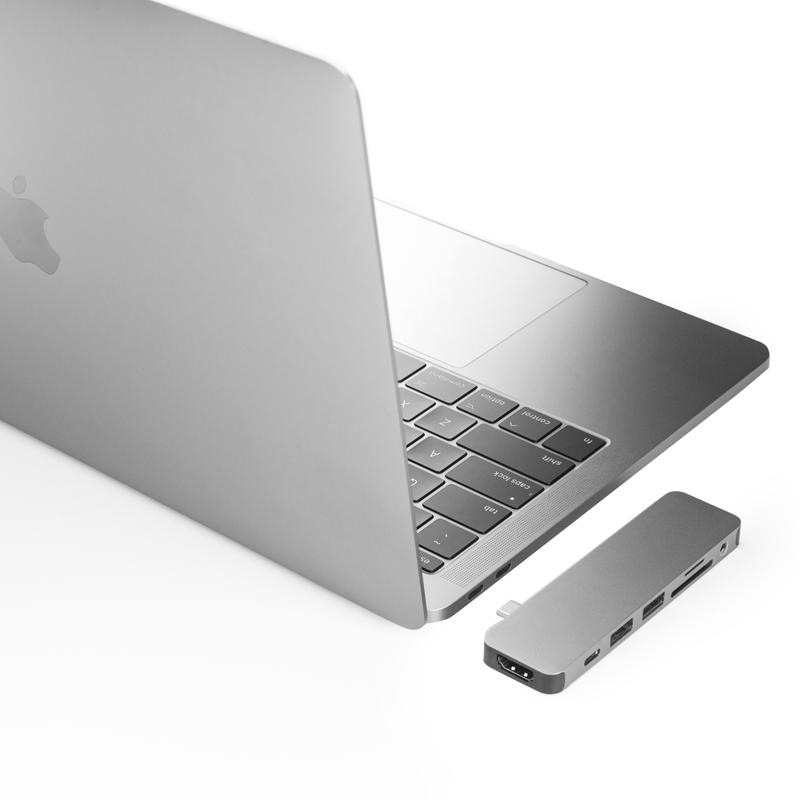 《在庫あり》act2(アクト・ツー)HyperDrive SOLO 7-in-1 USB-C Hub for MacBook シルバー [GN21D-SILVER]