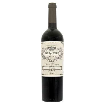 テラノブレ メルロ グラン レゼルバ 2016 赤 750ml/12本TERRANOBLE MERLOT GRAN RESERVA.2342eバニラのニュアンスを含んだ濃いベリー系の香りと凝縮した果実味。しっかりとした味わいながら、繊細でしなやかな余韻も楽しめるワインです