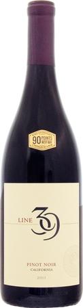 ライン 39 ピノ ノワール 2015 赤 750ml/12本LINE 39 PINOT NOIR2728.e商品名の39はカリフォルニア州の中心を通る北緯39度を意味。ベリー系の豊かな香りに、柔らかくてしなやかなタンニンが心地よいワイン。