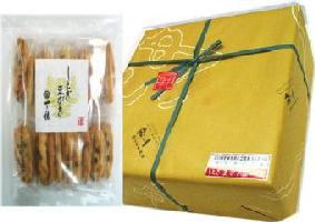 黒豆の風味が香ばしいシンプルおかき 即出荷 一乃穂 箱入60枚 しとぎ豆がき 卓出
