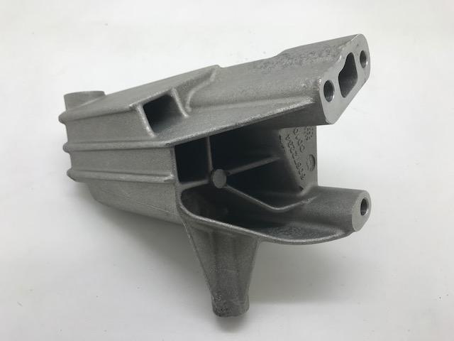 アルファロメオ 156 GT マート オンラインショップ 916 GTV スパイダー 純正品 60672234 60602860 エンジンマウント サポート