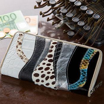 |0866 パイソン本革の美しさを楽しむ メデューシャ ロングウォレット (長財布)