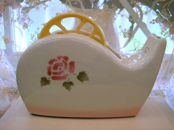 未使用 ■使うたび嬉しくなる マニー ローズ アリスの時間 陶器 テープカッター ラッピング無料