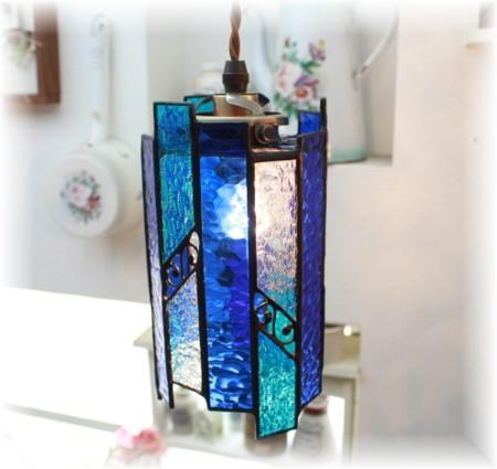 ■ステンドグラス アレンデールペンダントランプ アイスブルー(日本製) 【アンティーク照明】【LED電球対応】★ブラケットライト アンティーク レトロ LED ガラス おしゃれ