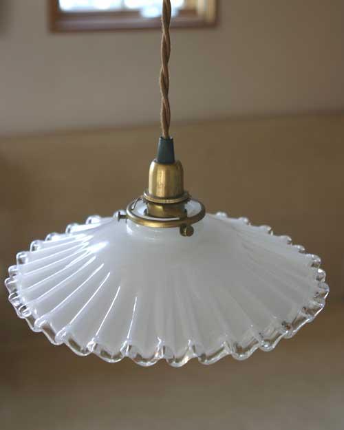 ■照明 HS205 ランプシェード人気No.1 ミルクガラスシェード フレンチ 横ねじ ガラスランプ ガラスシェード 保証 ミルクガラス シェードのみ 限定タイムセール 照明 横ねじ仕様 アンティークランプ アリスの時間