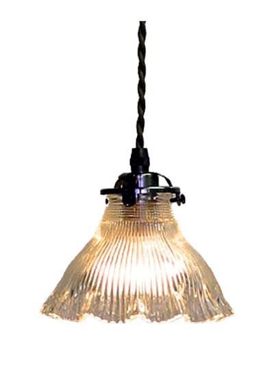 レトロな雰囲気が漂うステンドグラスのシェードです ランプシェード 内祝い 照明器具 アンティーク調 モダン 手吹きガラス アリスの時間 FC-1822 アンティーク照明 灯具シエード 輸入 超特価SALE開催 ペンダントランプ