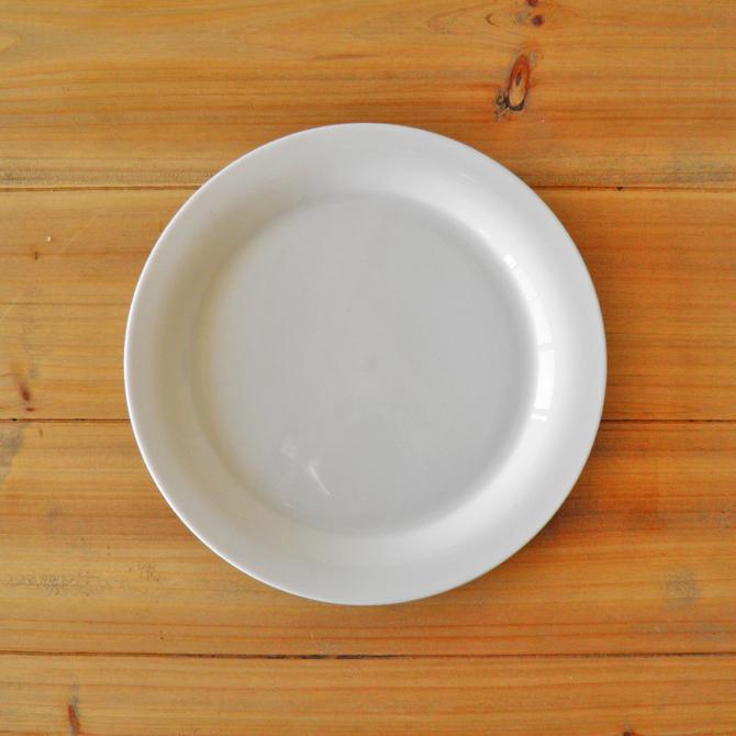 SALE 新作入荷 北欧の白いシンプルなテーブルウェア OUTLET 入荷予定 aida Odgard 20.5cm アイーダ デザートプレート オダゴード