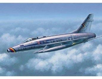 1/48 トランペッター アメリカ空軍 F-100D スーパーセイバー