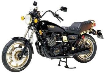 1/6 タミヤ オートバイシリーズ No.34 ヤマハ XS1100LG ミッドナイト・スペシャル 16034