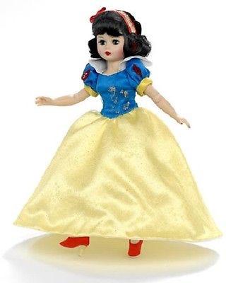マダムアレクサンダー ディズニー ショーケースコレクション スノーホワイト 白雪姫