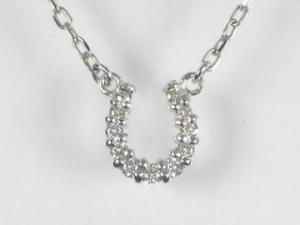 K10WG ホワイトゴールドダイヤモンド馬蹄 ペンダント ネックレス10P03Dec16