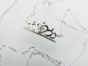 クラウンモチーフ K10WG ダイヤモンド ペンダントネックレス10P03Dec16