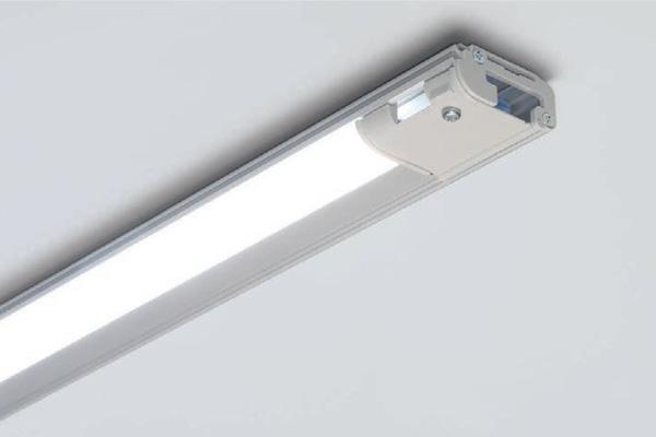 ☆FKK 広配光 LEDリニア棚下灯 什器棚照明 AC100V 1770mm 白色 4000K 非調光 (電源コード別売) LT1800W