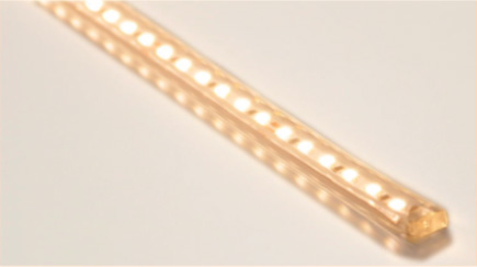 TES LIGHTING フレキシブル照明 Qoonela X(クーネラテン) TRP-927シリーズ コネクタタイプ 全長:4990mm 3000K 電球色 片側コネクタタイプ TRP927499030SC ※受注生産品