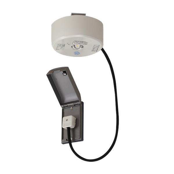 ☆東芝 LED非常用照明器具 直付形 民泊施設向け コンセント型 13形(低天井用~3m) 常時消灯/非常時LED点灯 LEDEM13821MPMK ※受注生産品