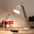 ☆ディクラッセ デスクランプ Falun(ファルン) ホワイト 中間スイッチ付 ランプ付 LT3687WH